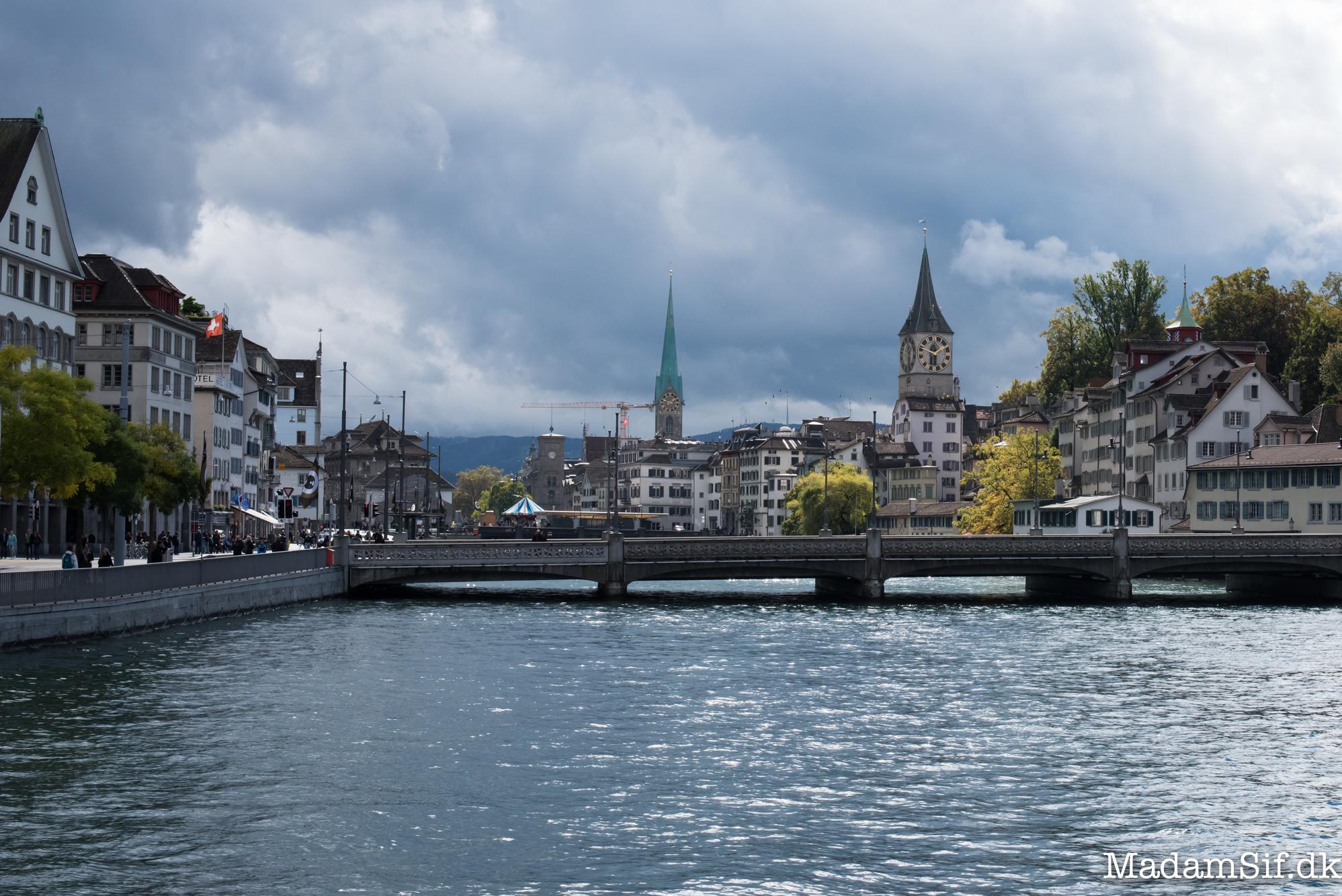Zürich og vand og huse