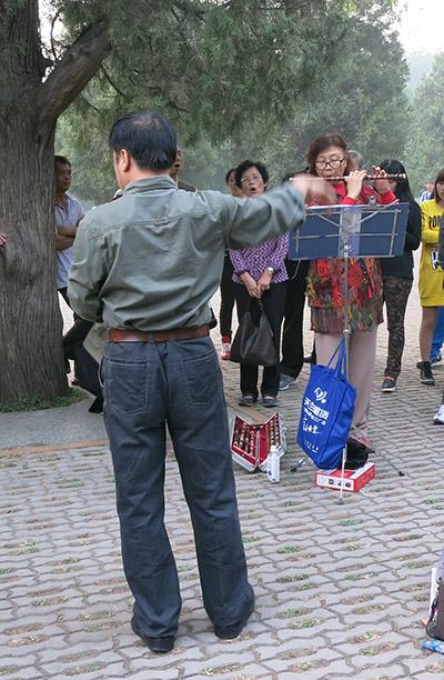 Det var ikke Jackie Chans far i virkeligheden... han lignede bare!