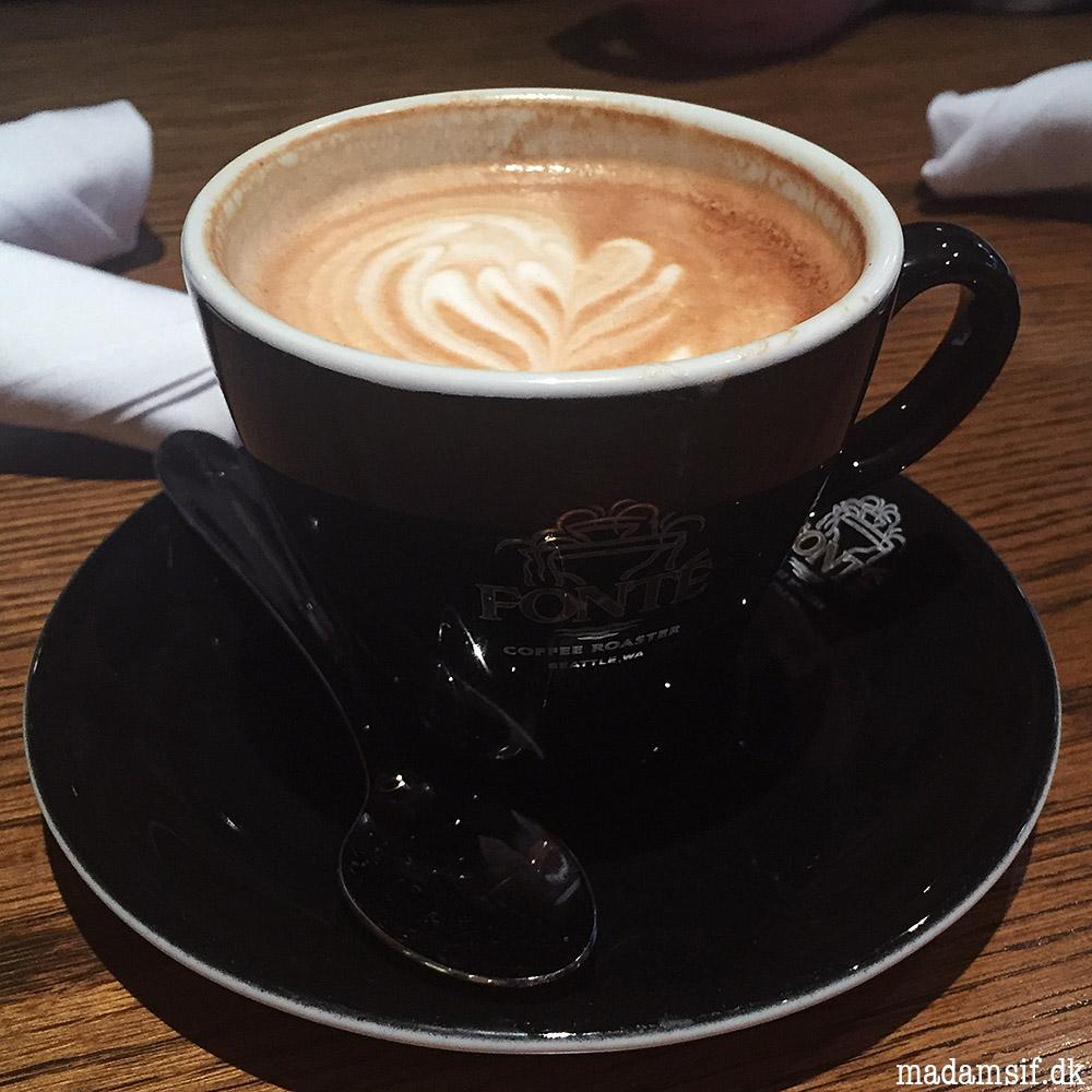 Let brugt latte.