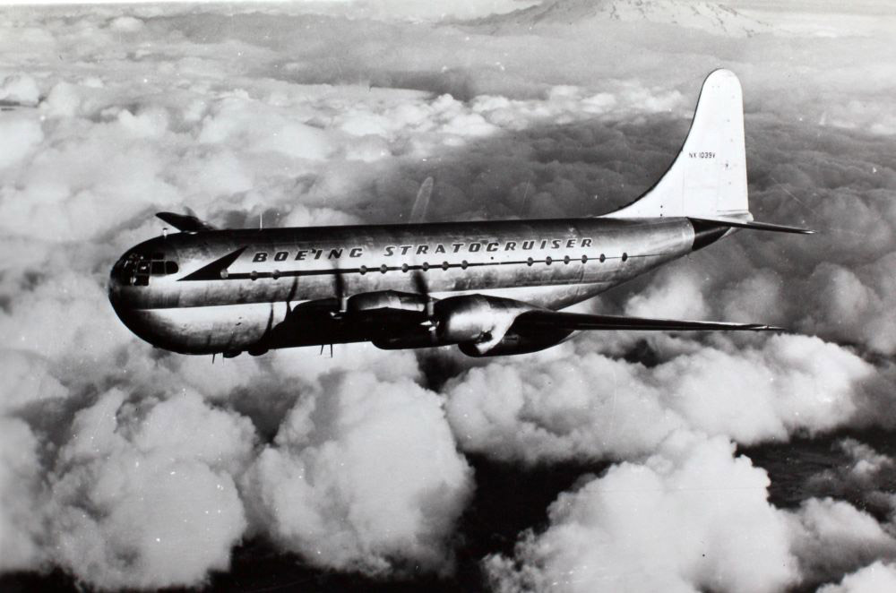Boeing 377 Stratocruiser. Kilde: San Diego Air and Space Museum Archive