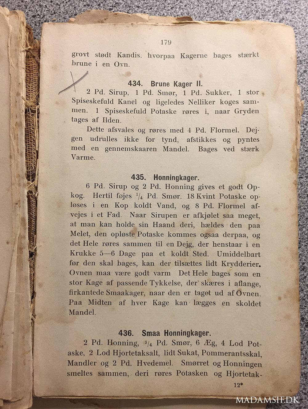 """Brunkageopskrift fra mit lasede eksemplar af """"Kogebog for Land og By"""", 1901. Denne bog var en gave fra en gavmild bloglæser, hvilket jeg stadig synes er helt vildt."""