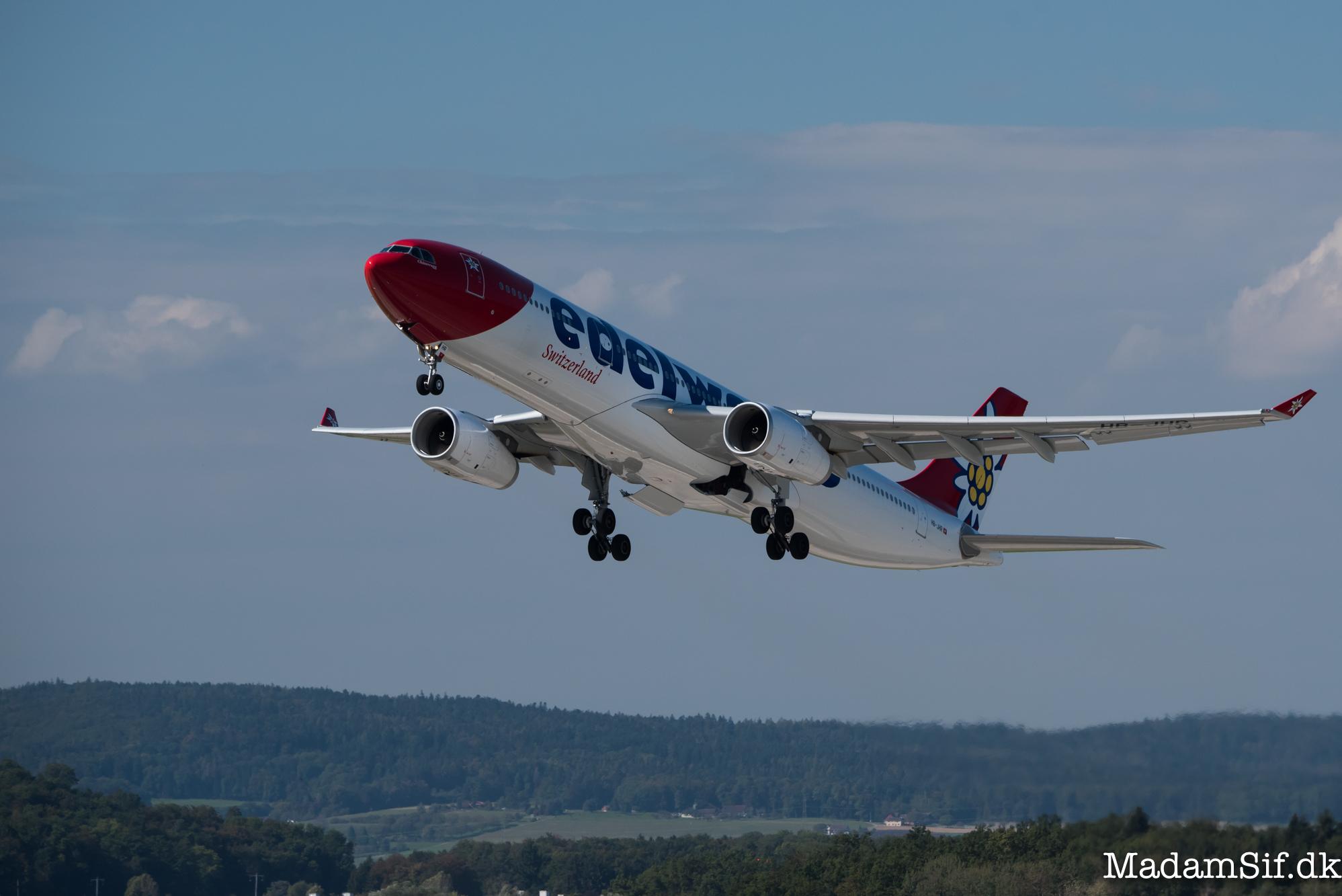 Edelweiss er en alpeblomst, der er mere sjælden end køn. Men det er også et flyselskab.
